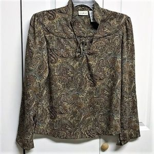 White Stag Blouse Size S Paisley Long Sleeve